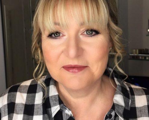 Christiane dowling makeup artist