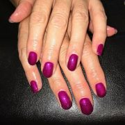 Shellac Nails Crowthorne - Christiane Dowling