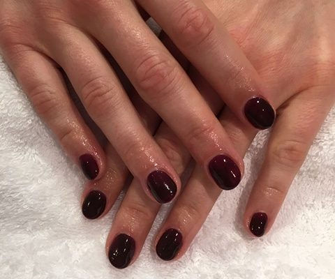 shellac nails berkshire - Christiane Dowling CND Nail Technician