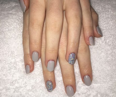 shellac nails surrey - Christiane Dowling CND Nail Technician