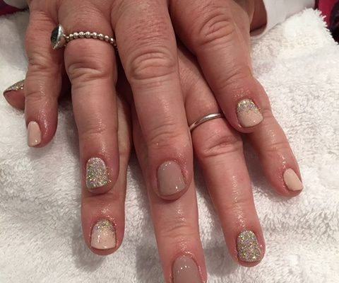 shellac nails hampshire - Christiane Dowling CND Nail Technician