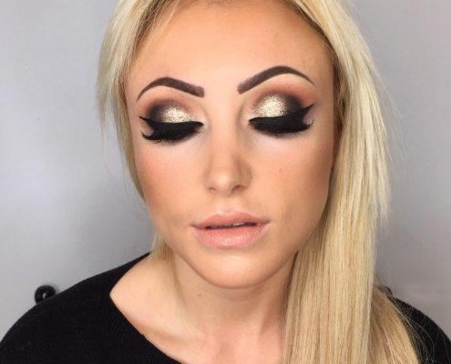 Christiane Dowling Makeup Artistry - Professional Makeup Artist - Sandhurst Berkshire