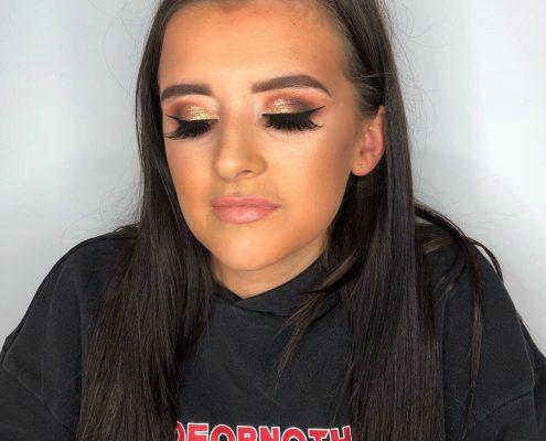 Professional Makeup Artist - Surrey Hampshire Berkshire