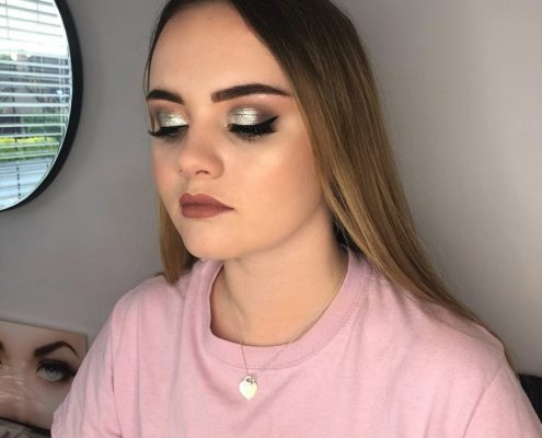 Professional Makeup Artist - Christiane Dowling