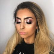 Professional Makeup Artist covering Berkshire, Hampshire & Surrey