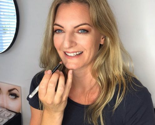 Professional Makeup Lessons - Christiane Dowling Makeup Artistry