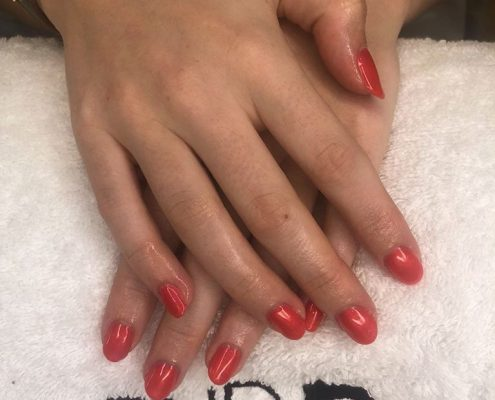 SHELLAC - MANICURES IN SANDHURST BERKSHIRE
