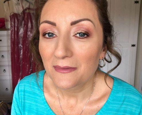 Professional Makeup Artist -Surrey Berkshire Hampshire
