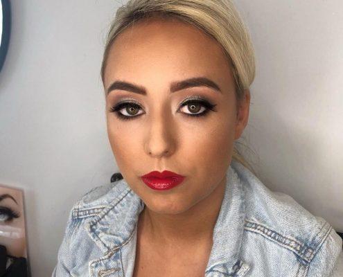 Christiane Dowling - Award-Winning Professional Makeup Artist