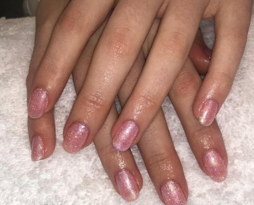 SHELLAC NAILS - YATELEY