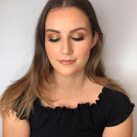 Makeup Artist in Fleet