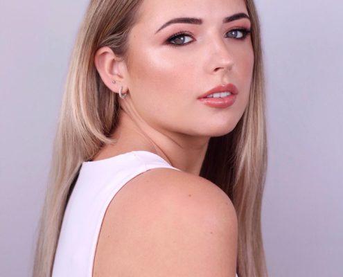 Makeup Artist in Aldershot