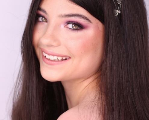 Makeup Artist in Ascot